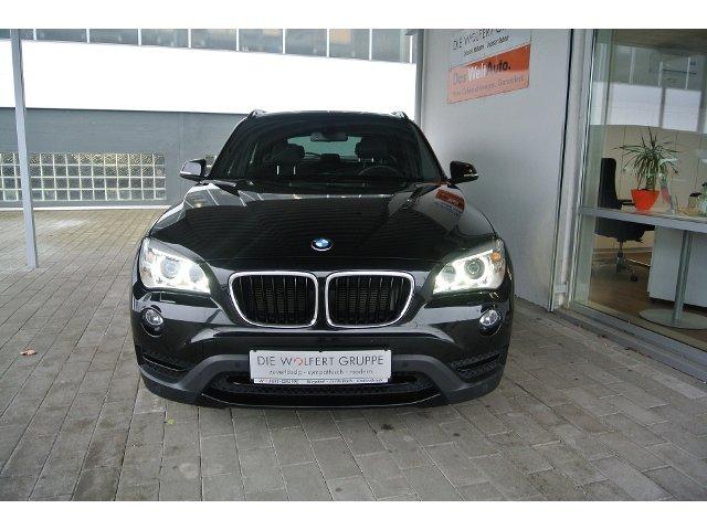 BMW X1 20d xDrive Navi Xenon Glasdach