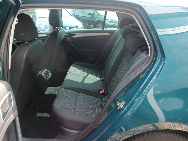 VW Golf 1,0 TSI BMT Trendline KLIMA