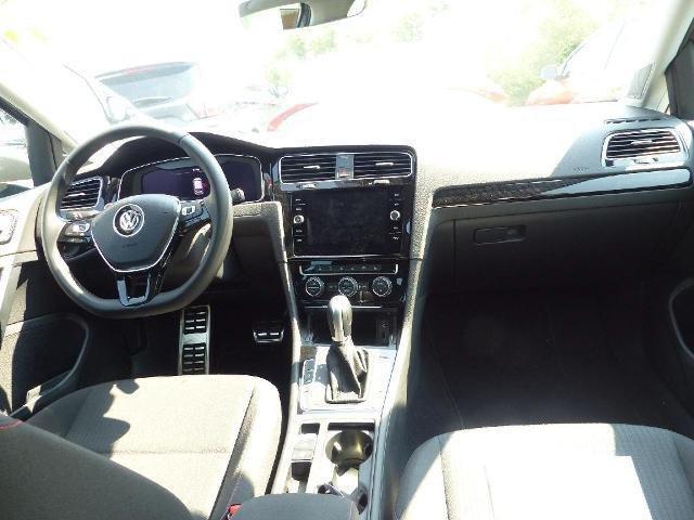 VW Golf VII 1.5 TSI DSG Sound Dynaudio LED Navi GRA LM PDC BMT