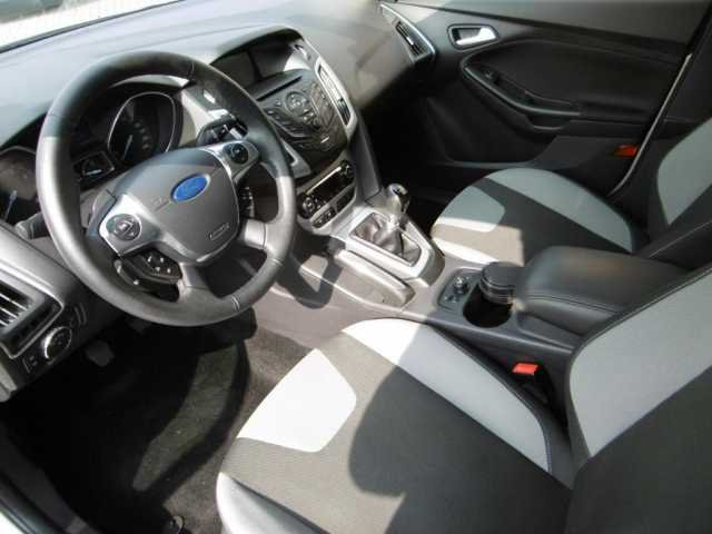 Ford Focus 1.6 EcoBoost Champions-Edition Start/Stopp