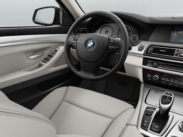 BMW 535 d xDrive Touring (Navi Headup Kurvenl. Xenon)