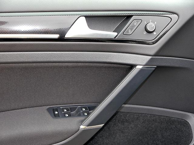 VW Golf VII Variant 1.4 TSI DSG Highline Xenon AHK GRA LM PDC BMT