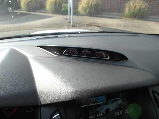 Ford Focus Turnier 2.0 EcoBoost ST mit Leder-Sport-Paket