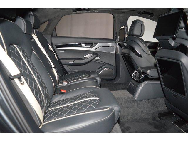 Audi A8 4.2 TDI DPF (clean diesel) quattro tiptro. Lang