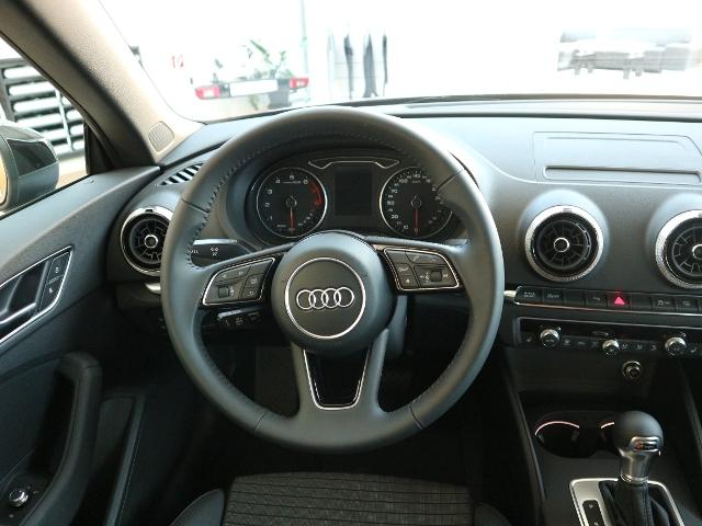 Audi A3 Cabriolet sport 1.4 TFSI S tronic LED+NAVI+SITZH.