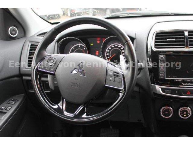 Mitsubishi ASX 2.2 DI-D Top 4WD Navi Xenon GRA Kamera PDC