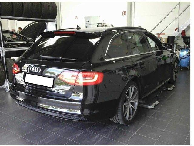 Audi A4 Avant 2.0 TDI multitronic S line Xenon Navi PanoDach AHK Standheiz GRA LM SD PDC