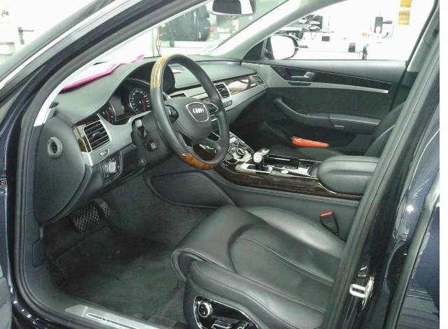 Audi A8 lang 4.2 TDI quattro tiptronic LED Navi PanoDach Leder Standheiz GRA LM SD PDC