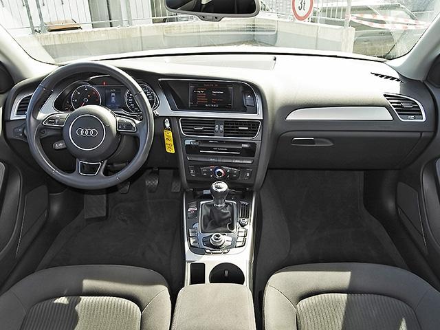 Audi A4 Avant 2.0 TDI Attraction Xenon Navi GRA LM PDC