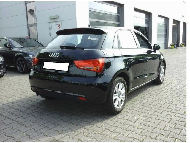 Audi A1 Sportback 1.6 TDI S tronic Attraction LM PDC
