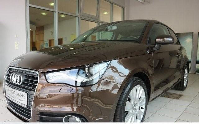 Audi A1 1.6 TDI Ambition PANO+LEDER+XENON+NAVI+KLIMA