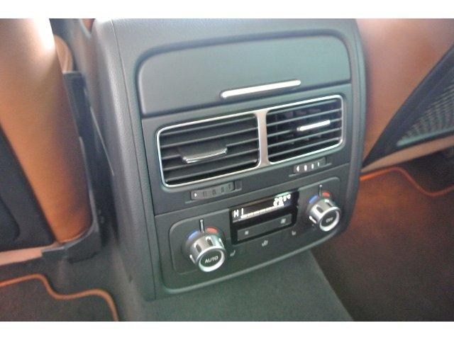VW Touareg 3.0 V6 TDI BMT, Gel