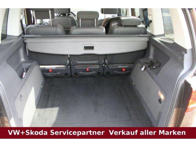 VW Touran Highline 2.0 TDI 177 PS *DAB-SHZ-PDC*