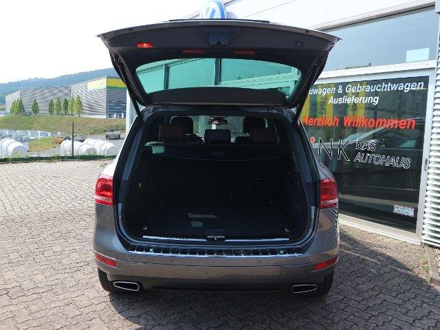VW Touareg V8 4MOTION 4.2 TDI Exclusive Allrad KLIMA XENON NAVI LEDER