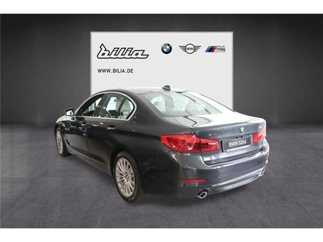 BMW 520 d xDrive Limousine Luxury Line Head-Up HiFi