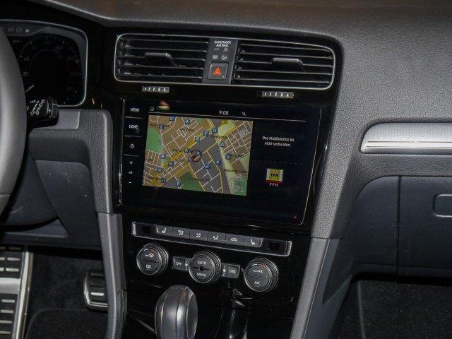 VW Golf VII 2.0 TSI DSG GTI LED Navi PanoDach GRA LM SD PDC BMT