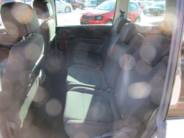 VW Sharan SOUND 2,0 TDI SCR DSG 7-Sitzer KLIMA XENON NAVI ALU