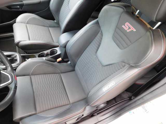Ford Fiesta 1.6 EcoBoost ST200