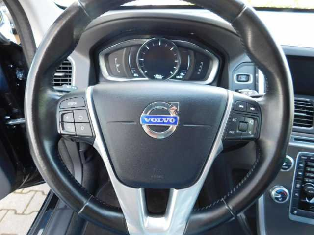 Volvo XC60 XC 60 D5 DPF AWD Summum