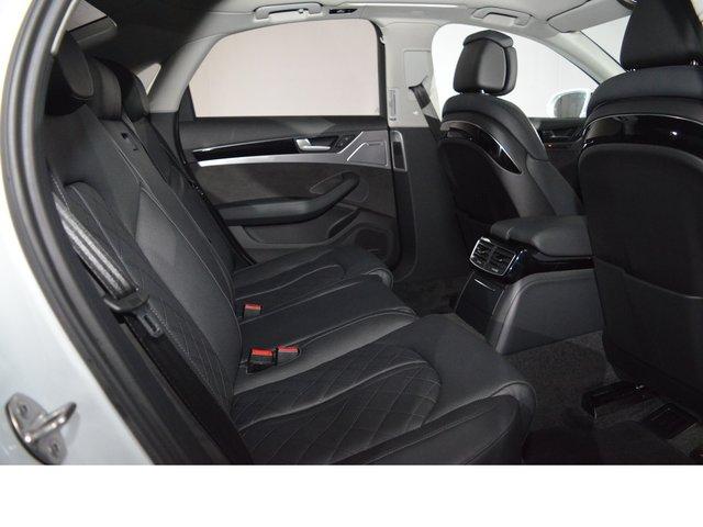 Audi A8 3.0 TDI DPF quattro tiptronic