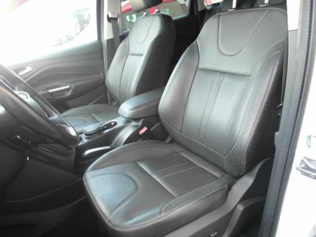 Ford Kuga 2.0 TDCi 4x4 Aut. Titanium BI-XENON STANDHEIZUNG WINTER/STYLE-P PDC Euro 5