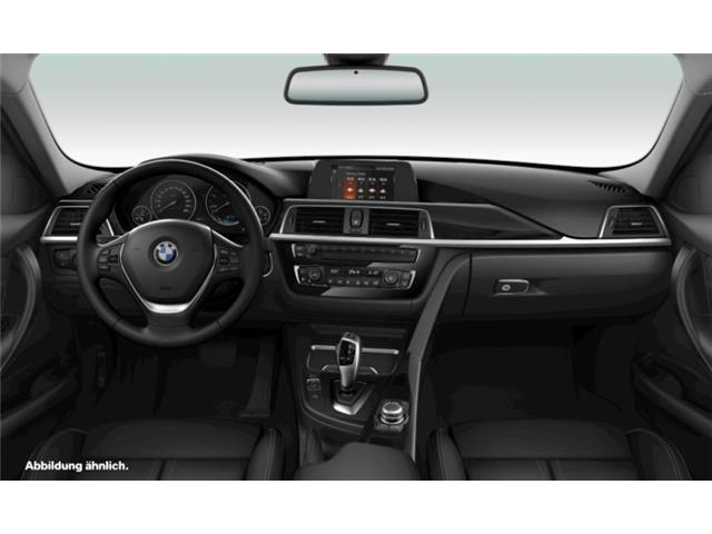 BMW 318 d Touring Advantage HiFi LED Navi Bus. USB