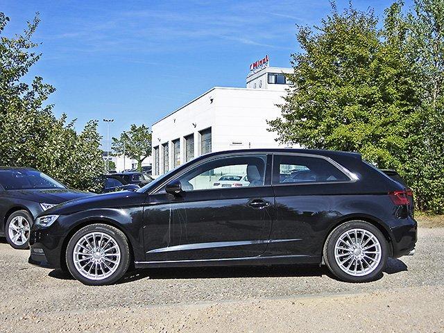 Audi A3 2.0 TDI Ambition Xenon Navi GRA LM PDC