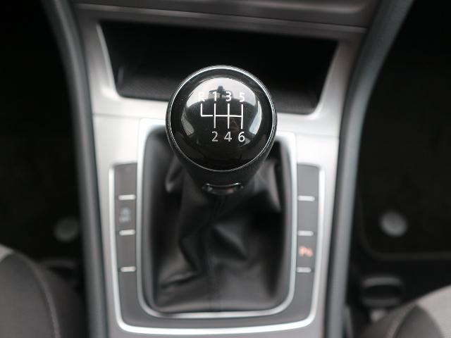VW Golf VII 1.2 TSI Trendline KLIMA