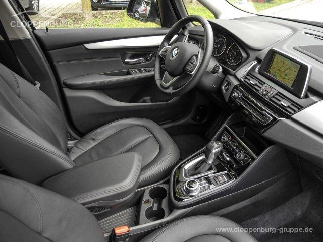 BMW 220i GRAN TOURER Aut AHK 3. Sitzreihe Parkassisten